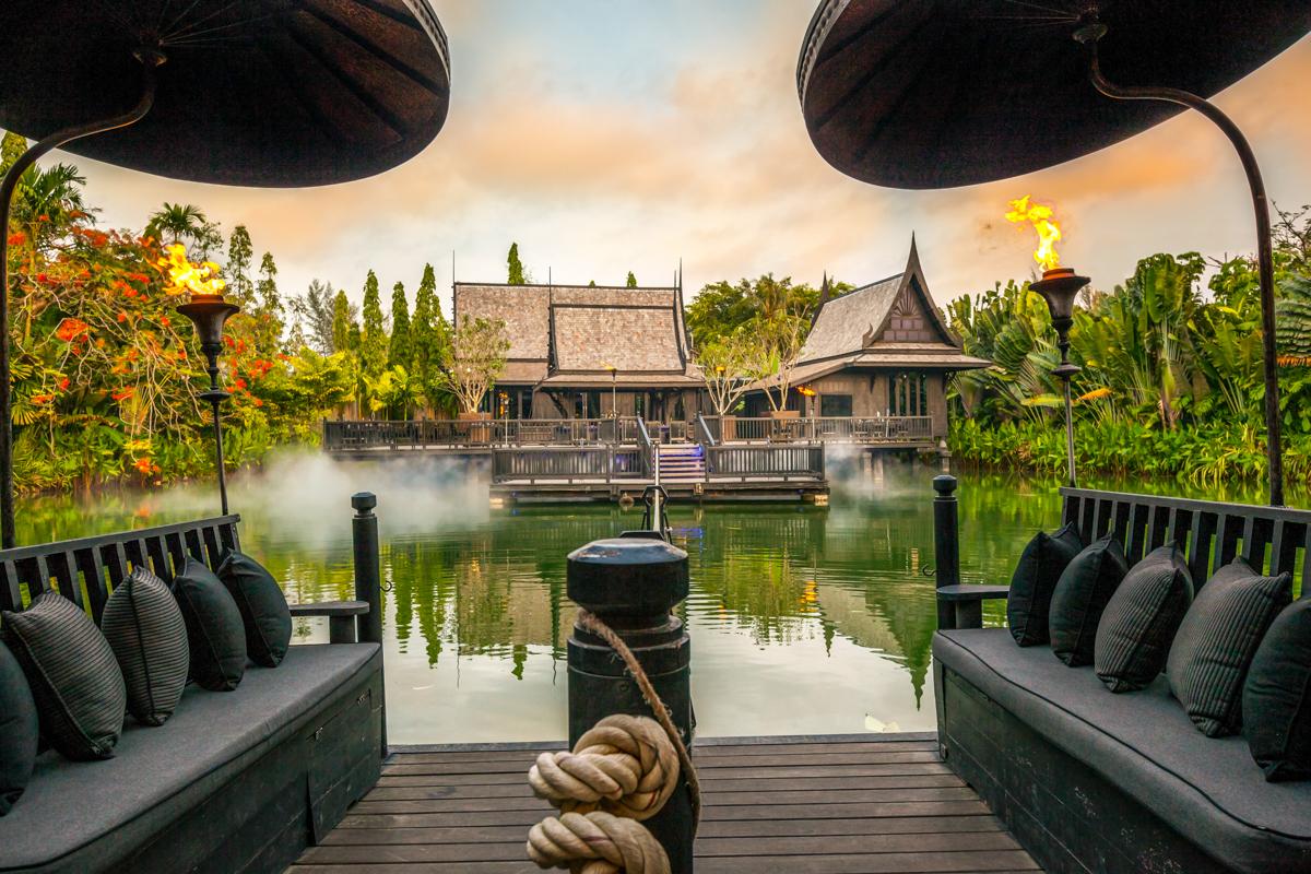 Black Ginger, The Slate Phuket Resort - แพลำน้อยคือทางเดียวที่จะพาคุณไปสู่เรือนหลังนั้น